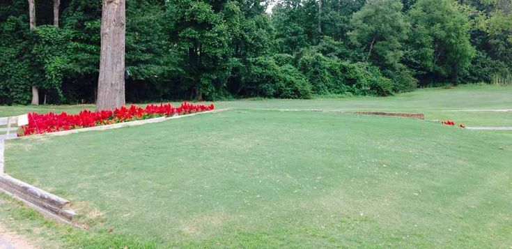 Twin Oaks Par 3 Golf Course, 260 Cochran Rd, Inman, SC