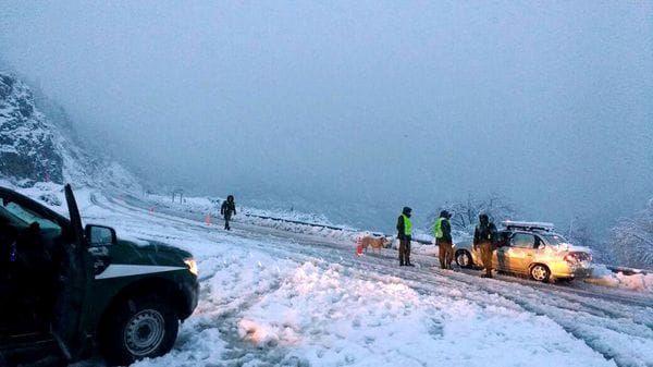 San Carlos de Bariloche, Argentina. 16/7/17, madrugada con 22,7º de temperatura bajo cero. Record despuès de 54 años.