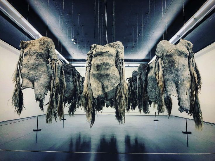 Nandipha Mntambos Material Value at @zeitzmocaa reminded me of the Delos basement in #Westworld. Unnerving. #contemporyart #zeitzmocaa #zeitz #delos