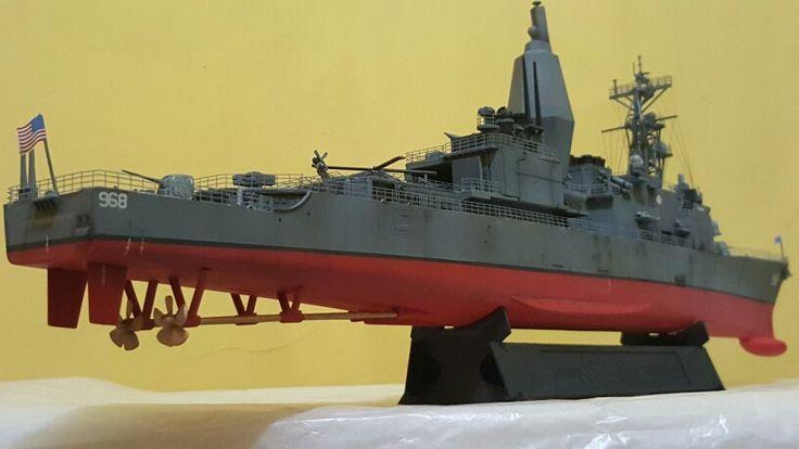 USS Arthur W. Radford 1/350 Dragon