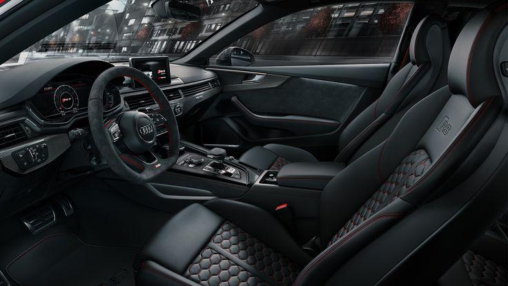 Ayant dévoilé plusieurs nouveautés au Mondial de l'Automobile 2016 dont les Audi S5 et A5 Sportback, la marque aux anneaux est de retour présentant la nouvelle Audi RS 5 Coupé ! Alliant performance et élégance, le coupé dispose d'un moteur V6 2.9 TFSI biturbo développant 450 ch. On part en virée ? #MondialAuto