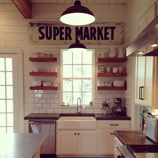 """27 Decorating Tips We Learned From """"Fixer Upper"""" Star Joanna Gaines' Beautiful Instagram Account"""