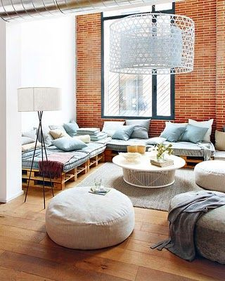 This makes me want a giant beanbag in my living room. From here: http://www.micasarevista.com/casas/loft/loft19/loft19_1.shtml: Ideas, Living Rooms, Pallets Sofas, Brick Wall, Interiors, Pallets Furniture, Expo Brick, Wood Pallets, Diy