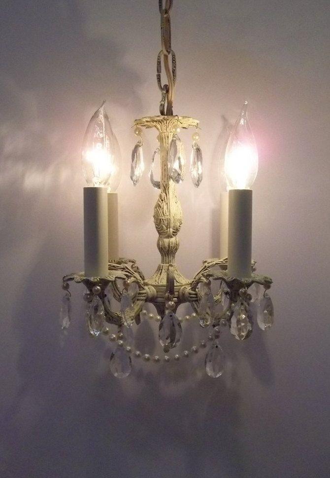 Best 25+ Girls room chandeliers ideas on Pinterest | Girls ...