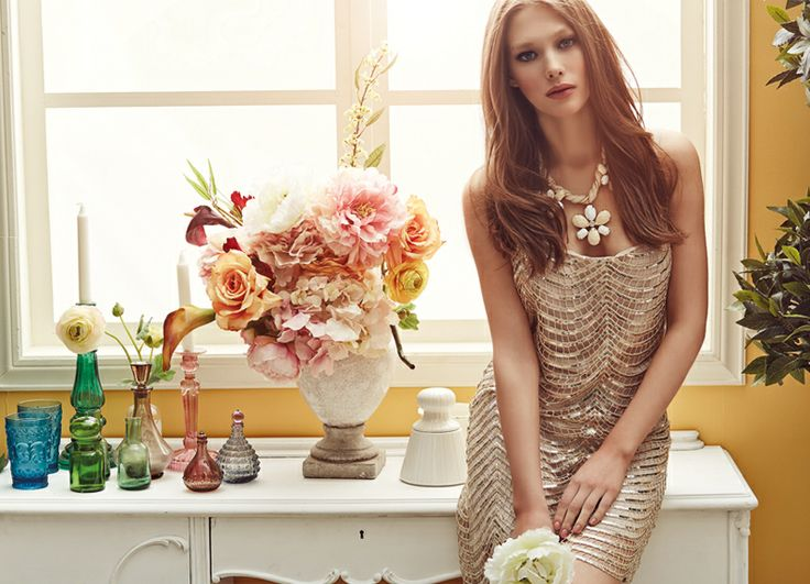Glam #romance with #statement_accessories