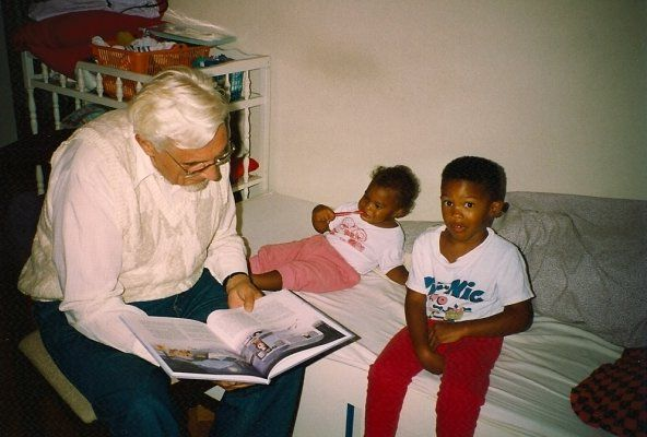 "Advent Day 22: My kids always liked the to listen to the""story"".Picture is from 1991 #watchandwait"