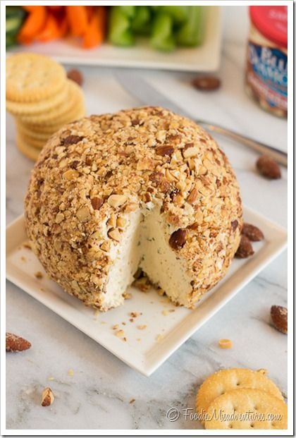 Smoky Almond Cheese Ball Recipe - Crunchy Smokehouse almonds and creamy smoked gouda cheese come together to make the ultimate cheese ball! Just lay out a few crackers, pretzels or veggies and this creamy spreadable cheese ball will be the hit of any party. #Ad
