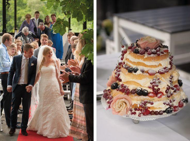 Wedding photography, #WeddingSign, naked cake, #NakedCake, aisle, #WeddingPhotography, Hengelo, Nederland, #Bruidsfotografie, trouwfotografie  www.witfoto.nl  Wit Photography | Trouwfotografie Hengelo: Rosanne + Kay - Wit Photography