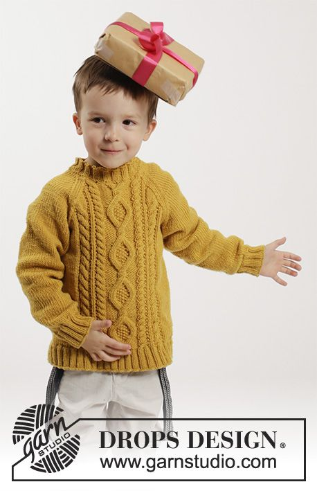 Lucky Jack / DROPS Children 26-3 - Knitted jumper with raglan and cables in DROPS Merino Extra Fine. Size children 2 - 10 years