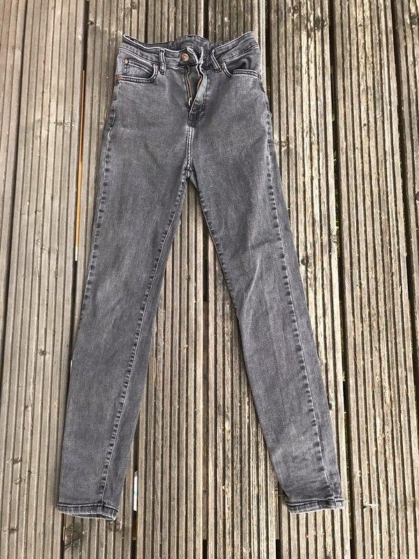 Mein Dr.Denim jeans gr 29/30 high waist  von Dr.Denim! Größe 40 / M / 12 für 15,00 €. Sieh´s dir an: http://www.kleiderkreisel.de/damenmode/jeans/150143035-drdenim-jeans-gr-2930-high-waist.