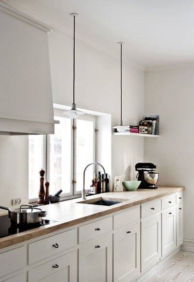 finally an acceptable window option in a kitchen / mycupotea: (via nesting)