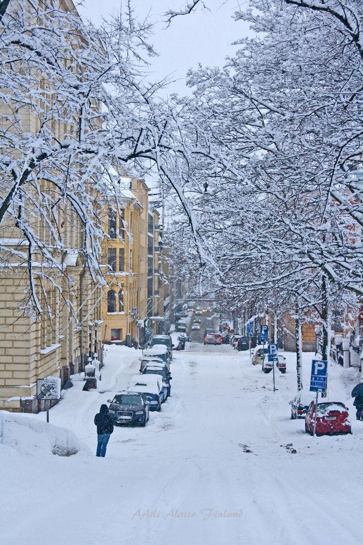 Luminen Helsinki vuonna 2011 Aili Alaiso Finland