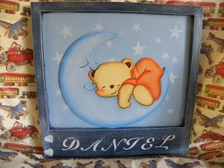 Cuadro con siluetas de oso y luna...