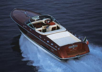 Mother of all boats: Riva, the goddess