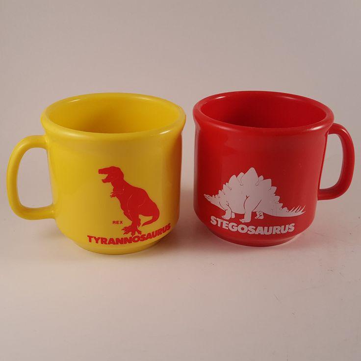 Vintage 1980's Dinosaur Plastic Mugs - T Rex - Stegosaurus - Hong Kong FREE SHIP #Nalbak