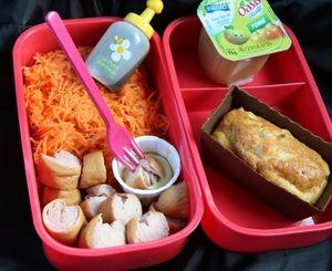BENTO 2°/ carottes râpées. Knacks et muffins alsaciens