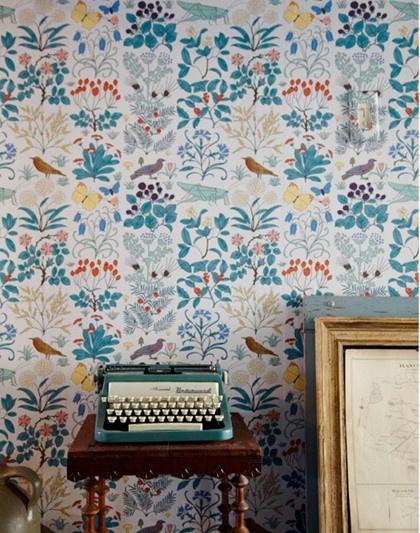 wall paper+typewriter