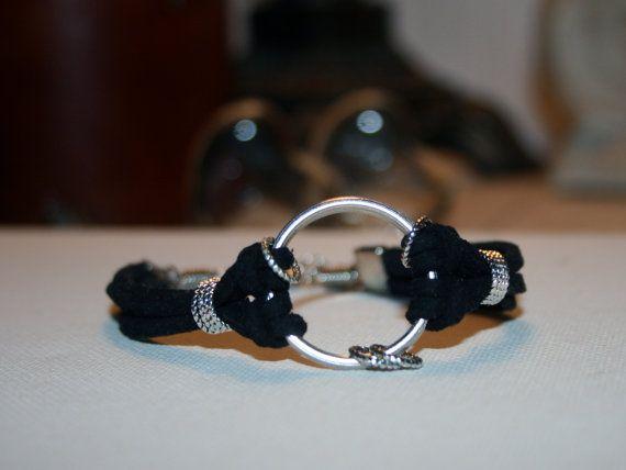 Elegant Boho Chic Faux Suede Bracelet of Central Split Ring