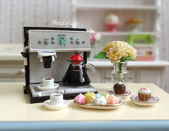 Dollhouse Miniature Coffee Set, Coffee Machine, Expresso, Cupcakes, High Tea, Dolls Fake Food, Kitchen, Cafe, 1:12 scale
