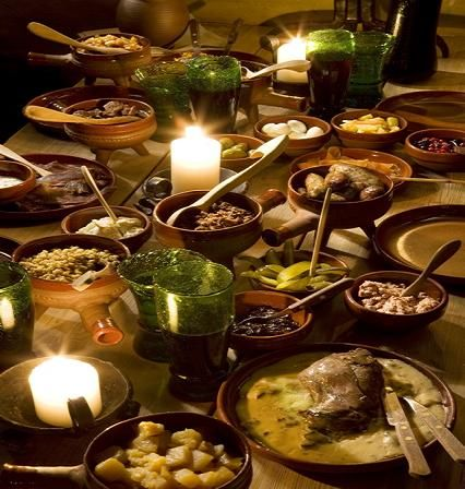 medieval feast halls | hall where a surprising feast will be crowned by the pride of medieval ...