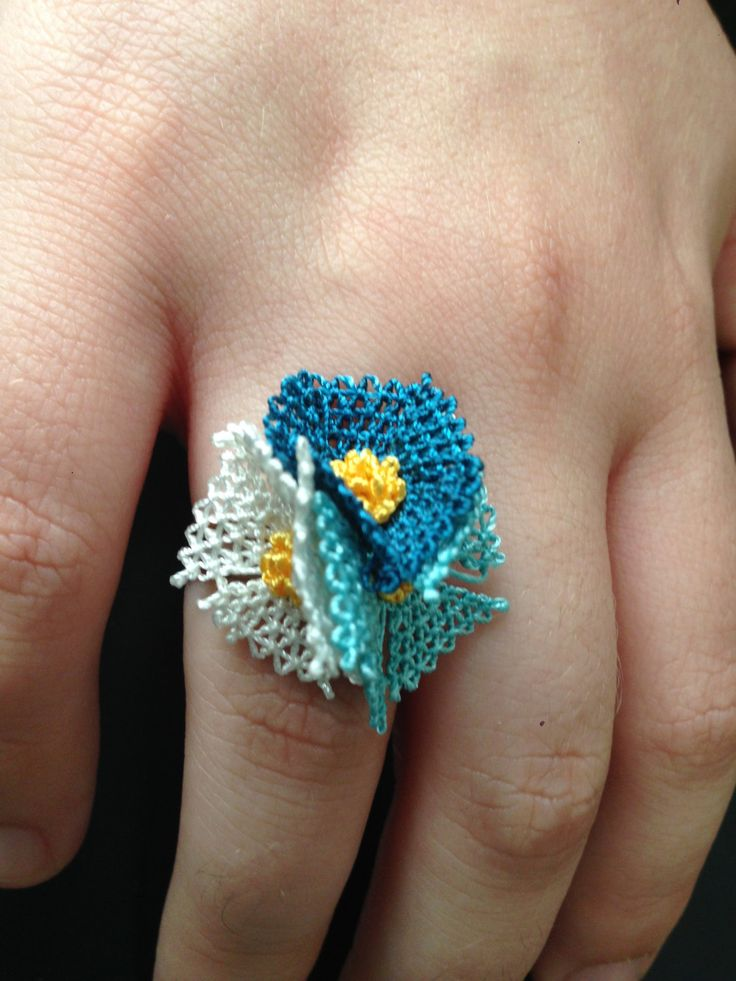 Handmade blue / turquaise white needle lace ring / iğne oyası yüzük by HulyasLetsWear on Etsy https://www.etsy.com/listing/466472265/handmade-blue-turquaise-white-needle