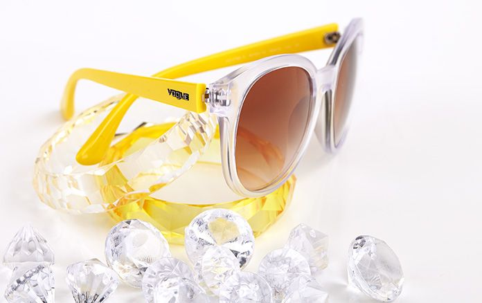 #CrystalColors Featuring VO2795S