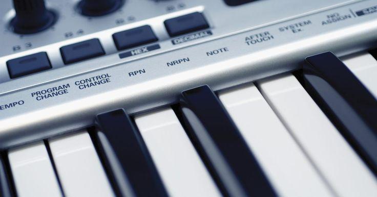 Como configurar teclados MIDI no Ableton. Quando você está tocando música eletrônica ao vivo, fazer uma boa performance pode ser difícil. Não importa o quão boa a música seja, é difícil para uma pessoa clicar em um mouse para competir, em um sentido visual, com um guitarrista ou vocalista. Adicione um pouco de espetáculo e uma sensação de realização no seu show ao vivo, controlando a ...