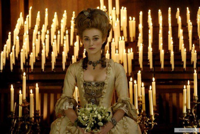 Самые красивые свадебные платья в кино: «Герцогиня»  Свадебное платье Киры Найтли в точности повторяет брачные наряды григорианской эпохи.