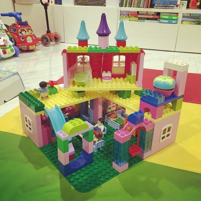Day 18: The back of the house retro-fitted with dining area and playground. #LegoForDads  (at Hougang Ave 8, Singapore)