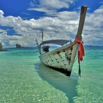 The crystal clear waters of #Thailand. #lifestyle