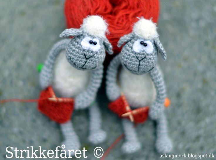 Amigurumi Knitting Tutorial : How to crochet knit english amigurumi ball tutorial free online