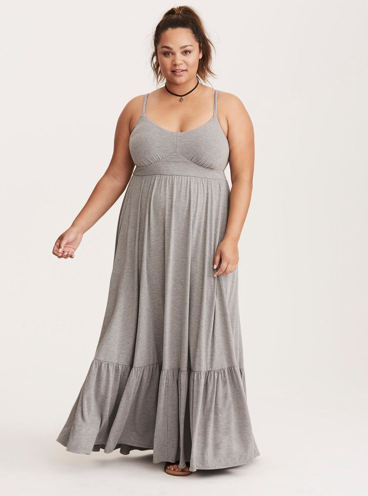Where are my petite plus size ladies? Remember you asked for maxi dresses? Well our resident petite contributor Cassie has 10 maxi dresses & some tips for you!  Gotta Have It: 10 Petite Plus Size Maxi Dresses & How to Rock Them! http://thecurvyfashionista.com/2017/07/petite-plus-size-maxi-dresses/