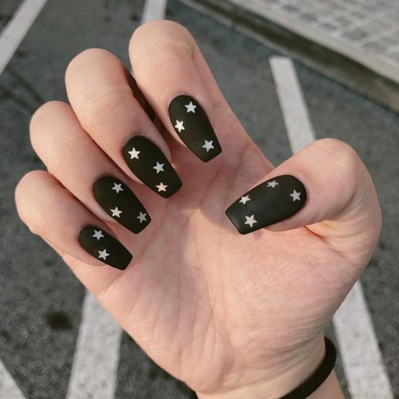 Nailsbykittty Does It Again Matte Black With Silver Stars Nails Black Nails Pretty Acrylic Nails Matte Black Nails Perfect Nails