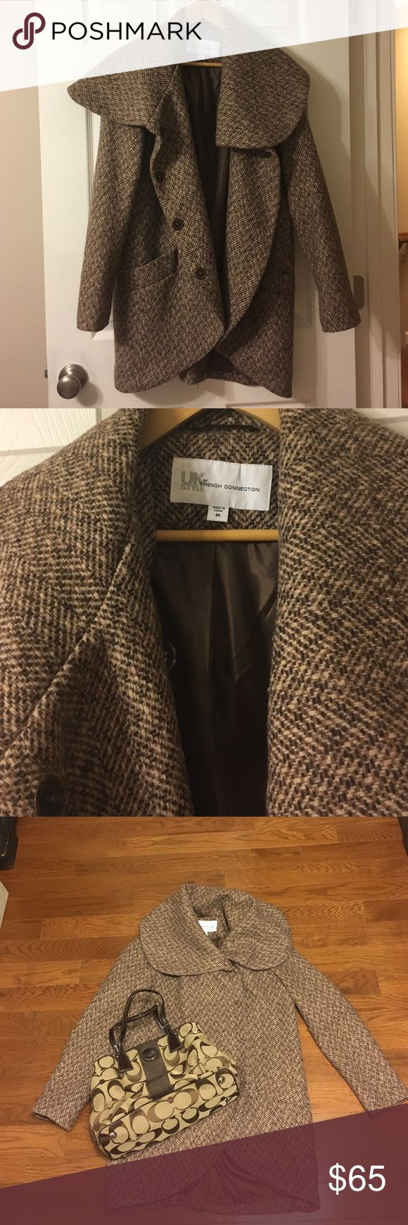 🍂French Connection Brown Tweed Coat This adorable brown tweed coat from U.K. style by French Connection is in excellent condition with minimal signs of wear! Super warm, comfy, and stylish. Size medium. French Connection Jackets & Coats Pea Coats