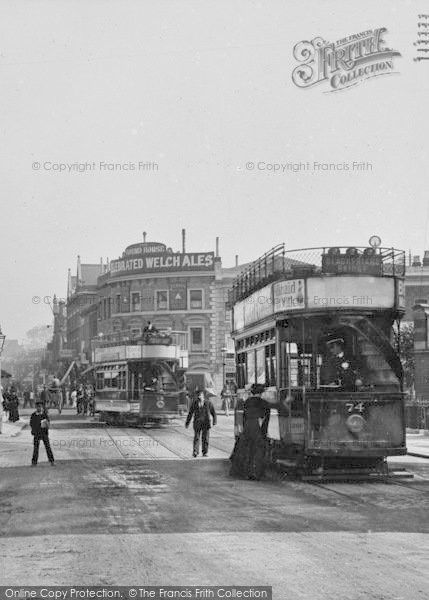 Tooting, Broadway, the Round House 1910
