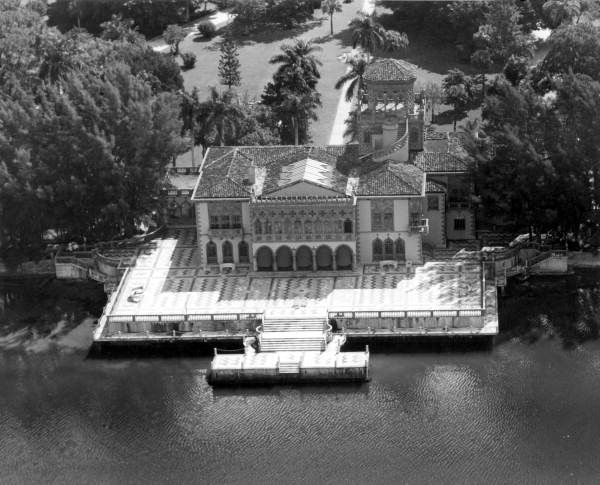 Aerial view of the Ringling residence - Sarasota, Florida....this is old history photo, but we've been there on that plaza, too... recently.