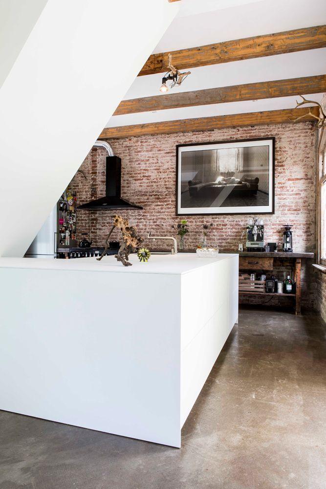 Jeroen van Zwetselaar | interieurontwerp | ZW6 | architectuur | publicatie | Spoorhuis | Railway House Santpoort | Volkskrant Magazine