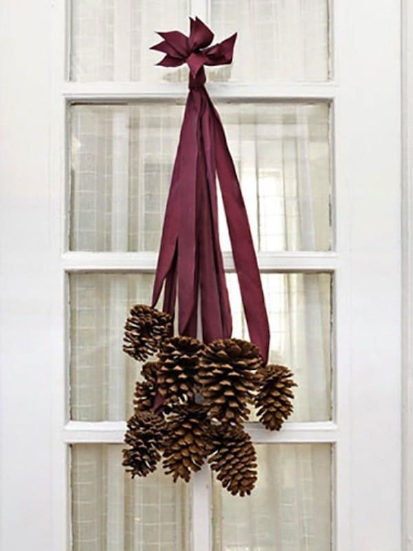 Easy Thanksgiving Decorations to Make from Things Around the House