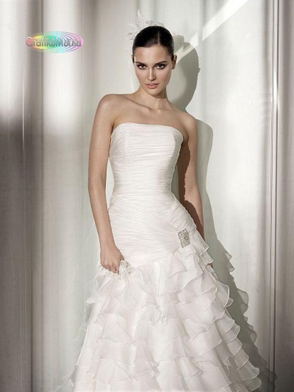 Pepe Botella abiti da sposa 2012 per le principesse    Read more: http://www.grafiksmania.com/lifestyle/matrimonio/481-pepe-botella-abiti-da-sposa-2012-per-le-principesse.html#ixzz1okfb5Sds