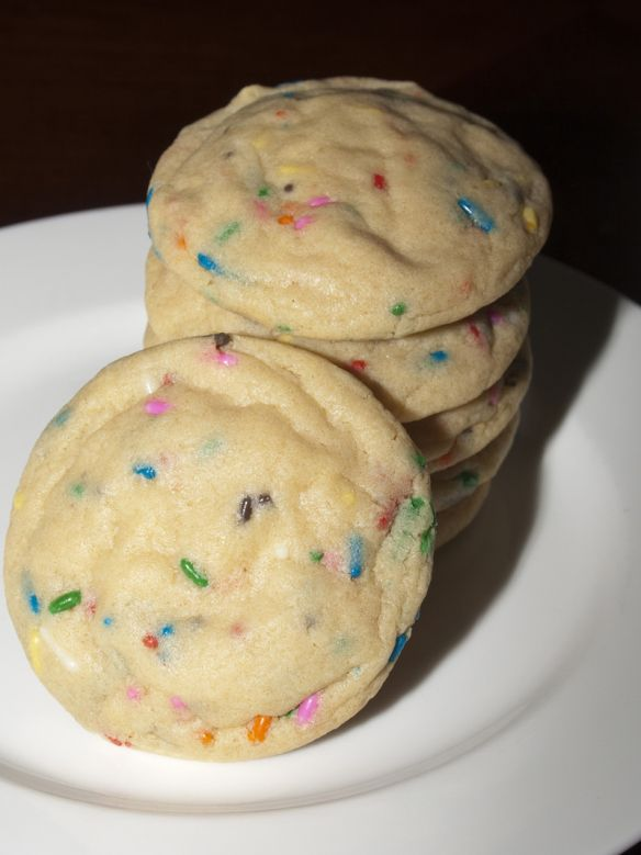 Birthday Cake Cookies  This recipe is DELICIOUS! what a cute treat for the party goody bag.