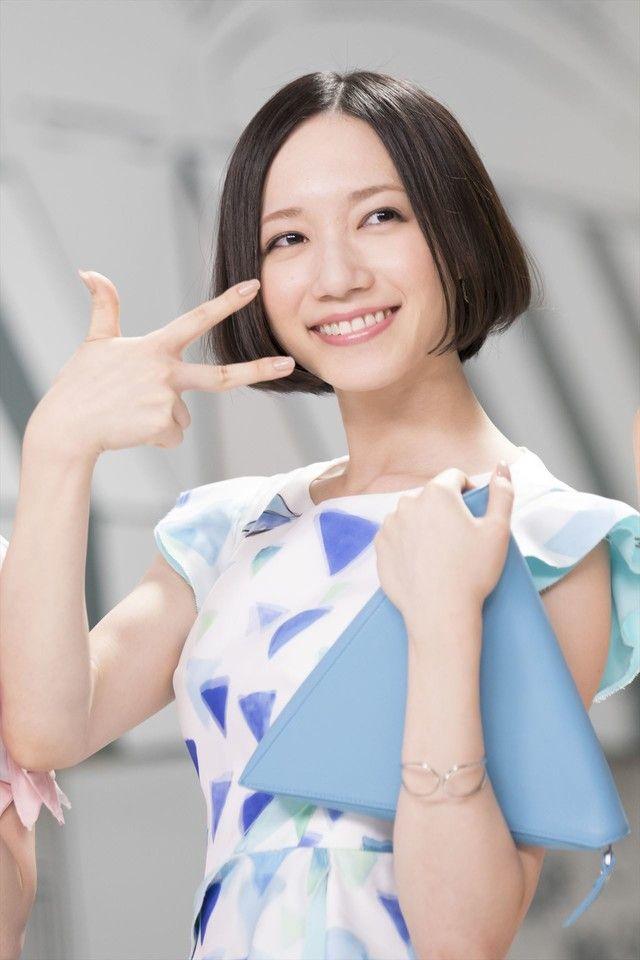 Perfume出演テレビCMで新曲オンエア「雨の日もハッピーになれるような曲」 - 音楽ナタリー