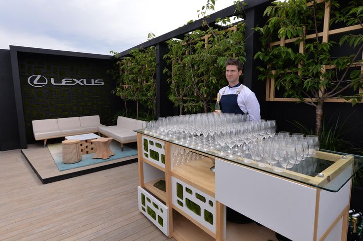 Champagne anyone? #LexusDesign Pavilion