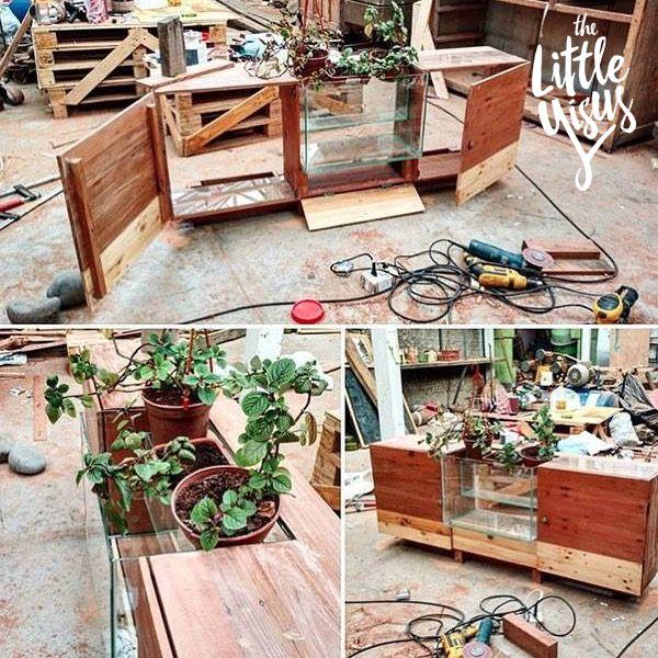 Mueble de pino y roble reciclado con acuario