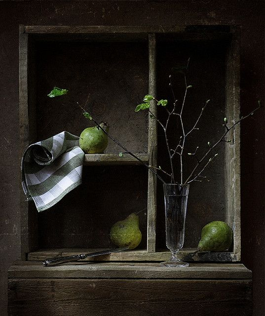 ♂ flowers and pears. still life