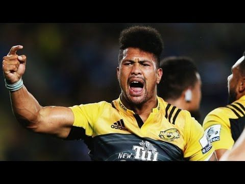 Ardie goes beast mode to get the Hurricanes home - YouTube