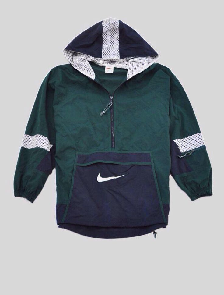 you can never go wrong with some vintage and honestly this Nike vintage jacket…
