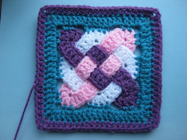 Celtic_Knot_Squares   Not as difficult as it looks.   Written pattern with charts and tutorial photo's. free pdf from Ravelry