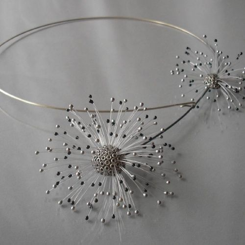 Dmuchawce (Dandelions) necklace by Jolanta Bromke. 930 silver and synthetic filament.