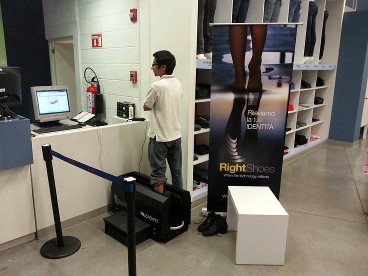 Nuovo Right Shoes scanner point a Guanajuato (Messico), presso ANDREA OUTLET!  New Right Shoes scanner point in Guanajuato (Mexico), at ANDREA OUTLET!  Calzado Andrea Outlet Blvd. Aeropuerto 841, Col. Predio Santa Anita, 37925 León, Guanajuato, Mexico