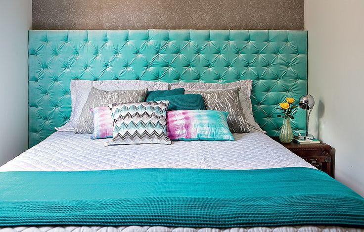 Um hibridismo entre a harmonia do verde e a tranquilidade do azul resulta na linda cor turquesa. Em alta na decoração, vai bem com madeira, fibras e tecidos naturais ou também com cinzas e metais.